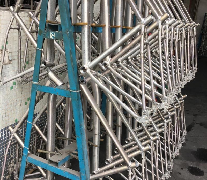 深圳铝合金自行车前叉热处理加工