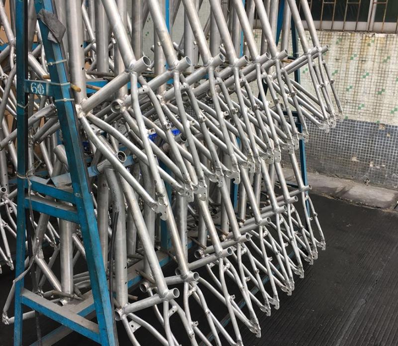深圳铝合金自行车前叉热处理厂